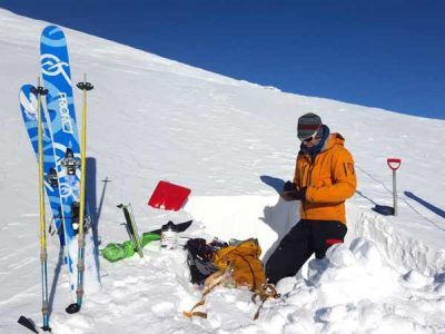 Snowline Adventures - Our safety and training courses